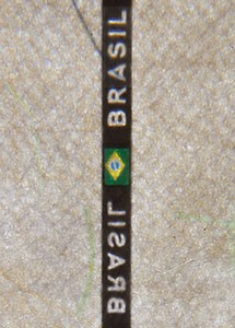 BRA_P6_Centerfold_Thread_Continuous_1_A